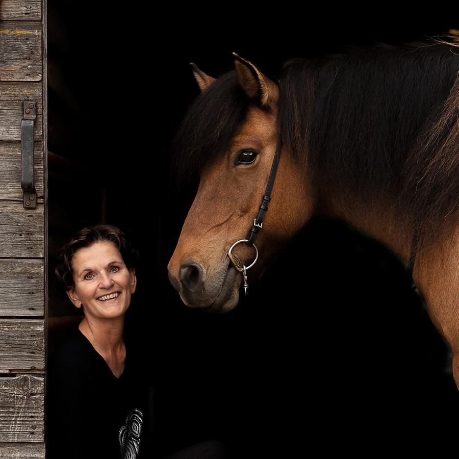 paardenfotograaf @ellenpitlofotografie Mieke Kuenen